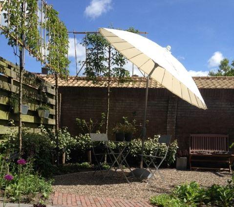 parasol-vaticano-nieuw-jpg